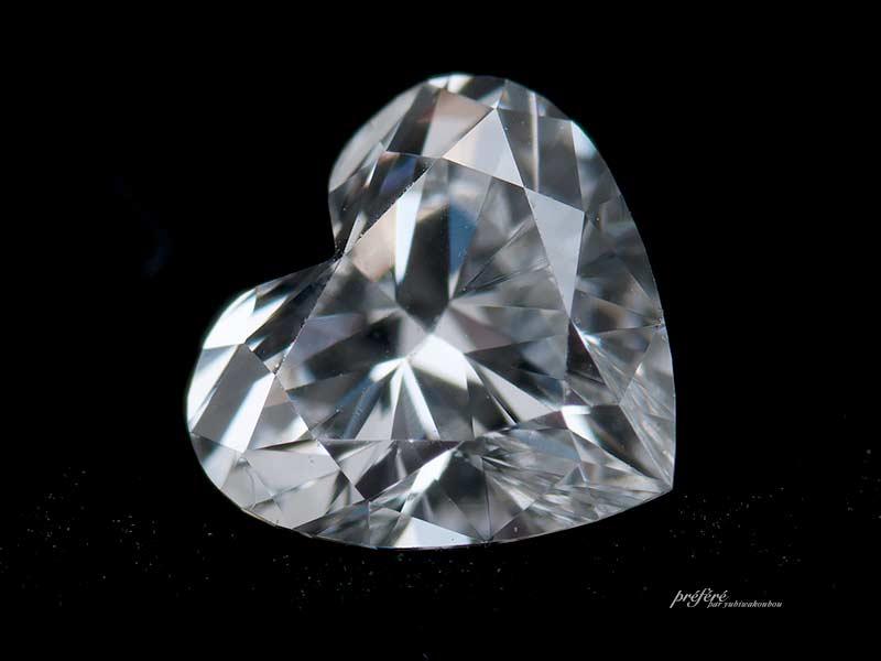 ハートシェイプカットのダイヤモンド